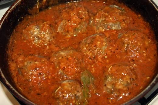 pasta-s-frikadel-kami-v-tomatnom-souse-7