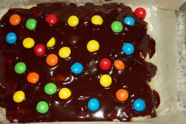 shokoladny-e-konfety-s-martsipanom-i-vozdushny-m-risom-6