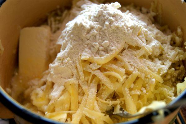 tefteli-v-kartofel-noj-korzinke-2